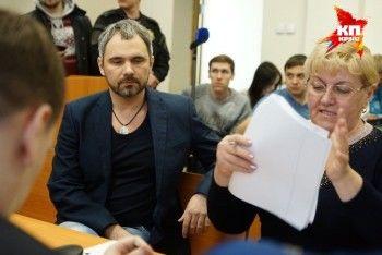 «Стоимость среднего образования в Тагиле – 20 тысяч рублей». Фотограф Лошагин обвинил убитую жену-модель в подделке документов