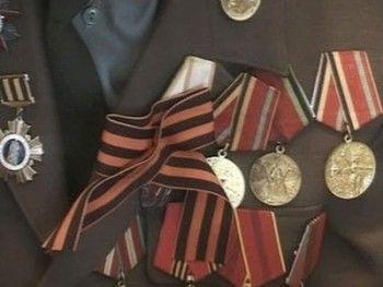 Цена Победы: подарки ветеранам от чиновников страны и области