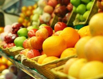 Россия запретила польские фрукты и овощи