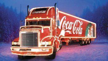 «Рождественский караван» Coca-Cola расстроил жителей Нижнего Тагила (ВИДЕО)