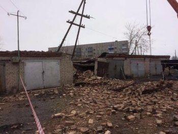 В Свердловской области рухнула аварийная труба котельной хлебокомбината