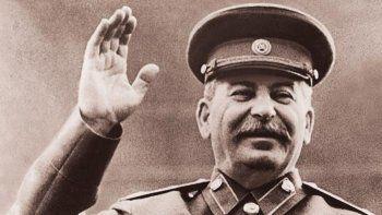 Роль Сталина в истории большинство россиян оценили положительно