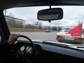 День Победы через стекло «Запорожца»: в Нижнем Тагиле состоялся третий пробег ретро-автомобилей