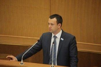 Свердловский депутат пожаловался на рекламу крупной сети алкомаркетов