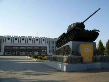 «Это похоже на какой-то рейдерский захват». Суд арестовал более 500 миллионов рублей на счетах «Уралвагонзавода»