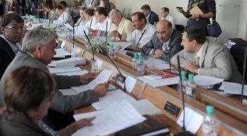 Тагильские депутаты в очередной раз пошли на поводу у мэрии и приняли «заведомо незаконное решение»