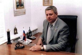 Лидер фракции «Единая Россия» в Нижнетагильской думе, сдавший цех китайцам-нелегалам, написал заявление по собственному желанию