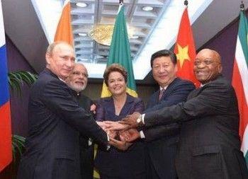 Путин поручил отменить визы для индийцев и китайцев