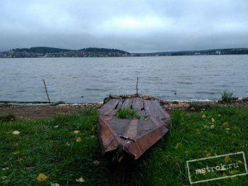 За один час жители Нижнего Тагила собрали грузовик мусора на берегу «умирающего» Черноисточинского пруда. «До нас здесь уже был кто-то»