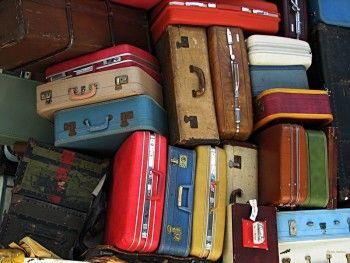 Кольцово завалило эвакуированным из Египта багажом