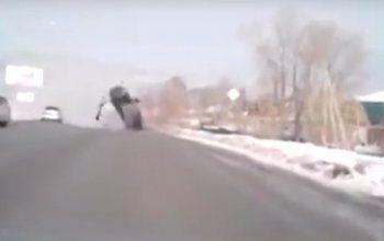 Жуткая авария произошла на Черноисточинском шоссе в Нижнем Тагиле (ВИДЕО)