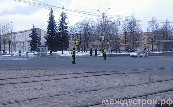 Участники президиума Госсовета прибывают в Нижний Тагил (ВИДЕО)