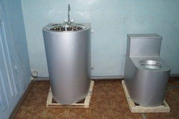Заключённые из Нижнего Тагила начали выпуск «антивандальных» унитазов (ВИДЕО)