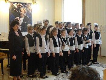 Администрация города не смогла найти денег на выступление детского хора в Венгрии
