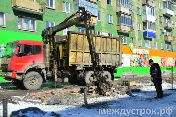 Перестал существовать рынок «Вязовский». Очередной «архитектурный памятник 90-х» сегодня был снесён