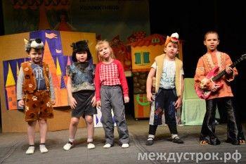 «Мам, теперь я точно стану актрисой!» Во всемирный день театра Нижний Тагил готовится к самой трогательной премьере года (ФОТО)