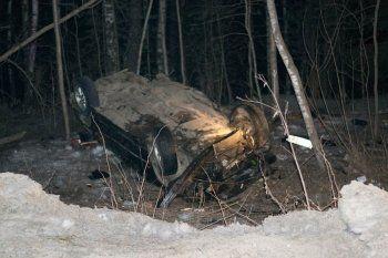 В аварии под Нижним Тагилом погибли четыре человека (ФОТО)