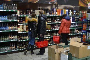 Общественники предложили запретить продажу алкоголя после 6 вечера