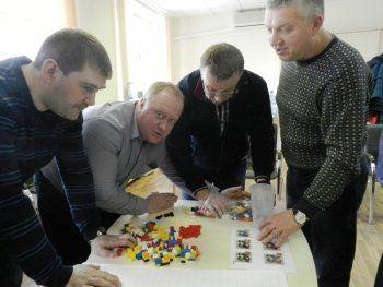 Металлурги НТМК устроили игру в LEGO. «Промахи и ошибки наказывались штрафами»