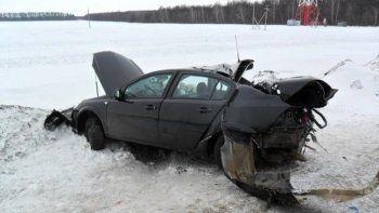 Под Невьянском пьяный водитель выехал на встречку и совершил лобовое столкновение (ВИДЕО)