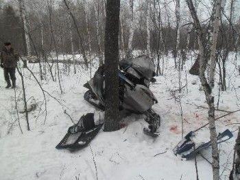 Под Нижним Тагилом снегоход отправил наездника в больницу