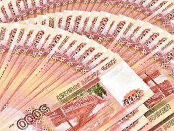 Просроченные долги россиян выросли на триллион рублей за год