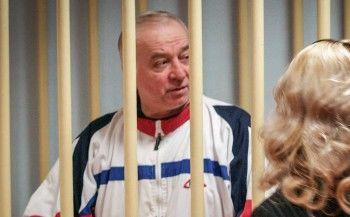 Би-би-си: В Британии бывшего российского шпиона госпитализировали с отравлением неизвестным веществом