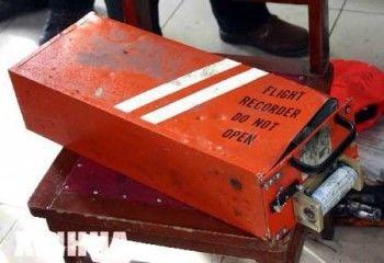 Спасатели нашли два «чёрных ящика» упавшего в Египте самолёта