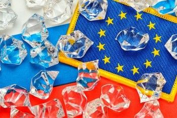 СМИ: Евросоюз продлит антироссийские санкции