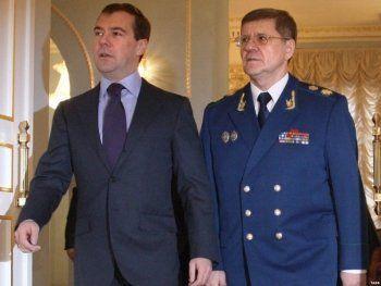 Медведев прокомментировал реакцию властей на расследование ФБК о Чайке