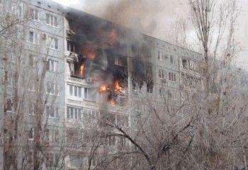 В Волгограде после взрыва в девятиэтажке спасатели разбирают завалы (ВИДЕО)