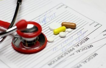 Минздрав предложил запретить ввоз в Россию лекарств без рецепта