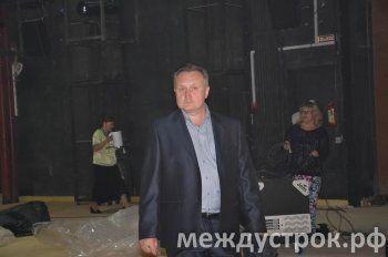 Сотрудники Нижнетагильского драмтеатра собрали 280 подписей под обращением к Путину с просьбой помиловать замдиректора