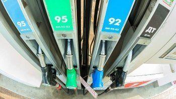 Госдума хочет поднять акцизы. Цены на бензин вырастут на 15%
