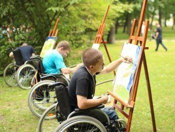 Материнский капитал разрешат потратить на детей-инвалидов