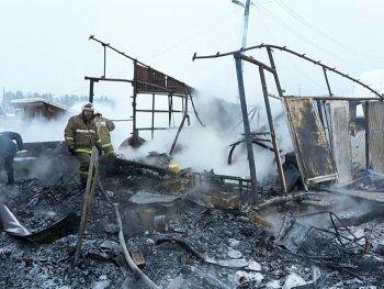 В садовом домике под Нижним Тагилом сгорел мужчина