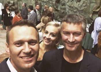 Навальный вслед за Ройзманом призвал бойкотировать выборы губернатора Свердловской области (ВИДЕО)