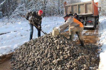 Правительство РФ выделило на сельские дороги Свердловской области всего 14 миллионов рублей