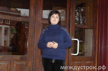 Беженка из Украины требует от мэрии 76 тысяч рублей на авиабилеты