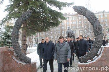 Визит мира на «поезде надежды». Губернатор Куйвашев консолидировал в Нижнем Тагиле политические силы и запустил предвыборную кампанию