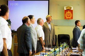 «Город катится к банкротству!» Депутаты Нижнего Тагила раскритиковали отчёт чиновников об исполнении бюджета в 2015 году