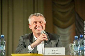 «Сергей Константинович умер!». Жители Магнитогорска «похоронили» Носова