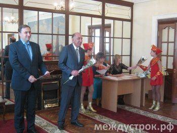 «Однажды Диденко психанул, а сегодня Носов опаздывает». Владимир Радаев временно взял на себя функции мэра