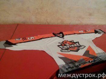 Тагильские хоккеисты установили рекорд клуба. ХК «Спутник» и ВК «Уралочка-НТМК» завершили регулярный сезон