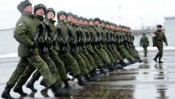 Потомок Романовых отучит российских военных от мата