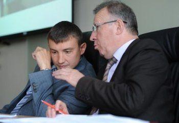 Депутаты  Александр Маслов и Леонид Мартюшев отчитались о доходах