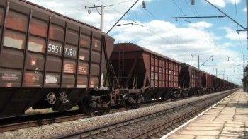 В Нижнем Тагиле 28-летняя девушка бросилась под грузовой поезд