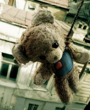 Виноваты родители и ЕГЭ! На Среднем Урале выросло число детских самоубийств