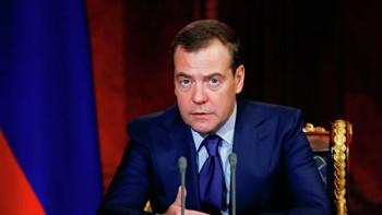 Медведев назвал протесты в Хабаровске «явлением, с которым государство должно считаться»