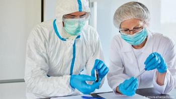 Минздрав: Первыми вакцину от коронавируса получат медики и пожилые люди